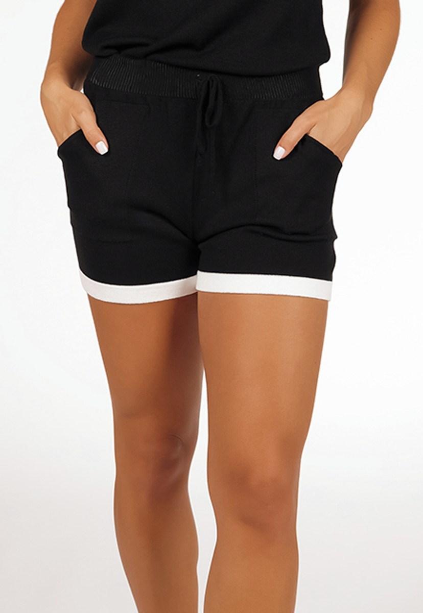 Tricô Short Feminino Pink Tricot Comfy Modal Moletinho Listrado Com Bolso Preto