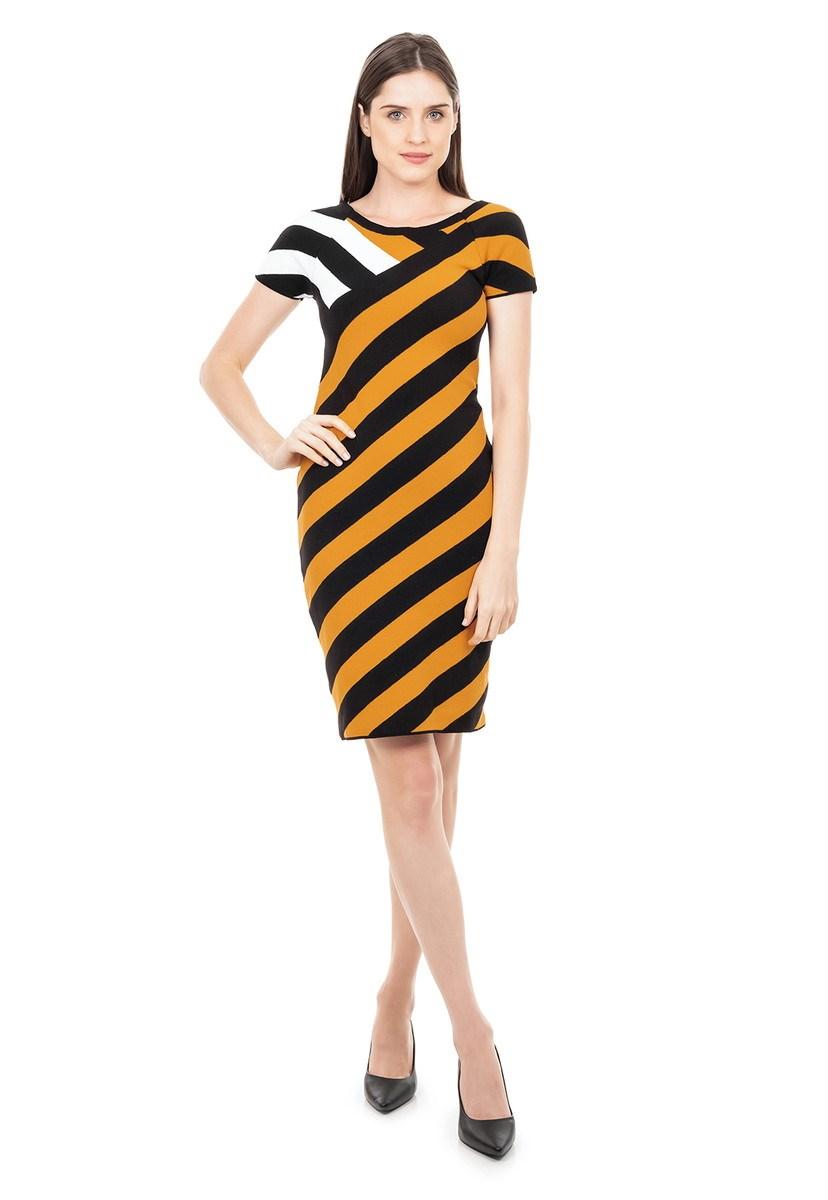 Vestido Curto de Tricot Modal Listrado Ombro a Ombro Feminino Preto com Mostarda