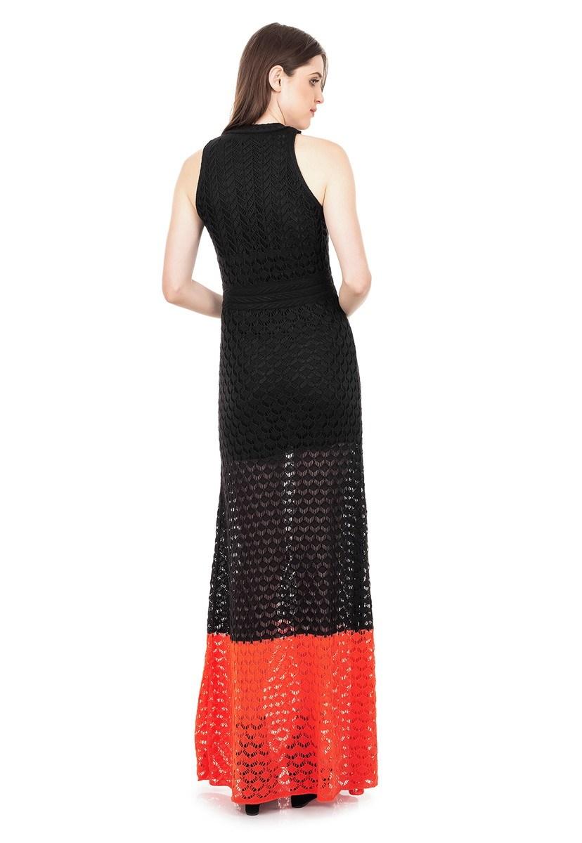 Vestido Longo de Tricot Renda Rodado com Listra na Barra Feminino Preto com Laranja