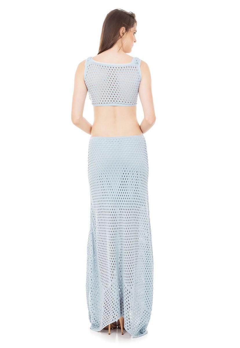 Vestido Longo Tricot com Detalhe em Argola e Decote na Cintura Azul Claro