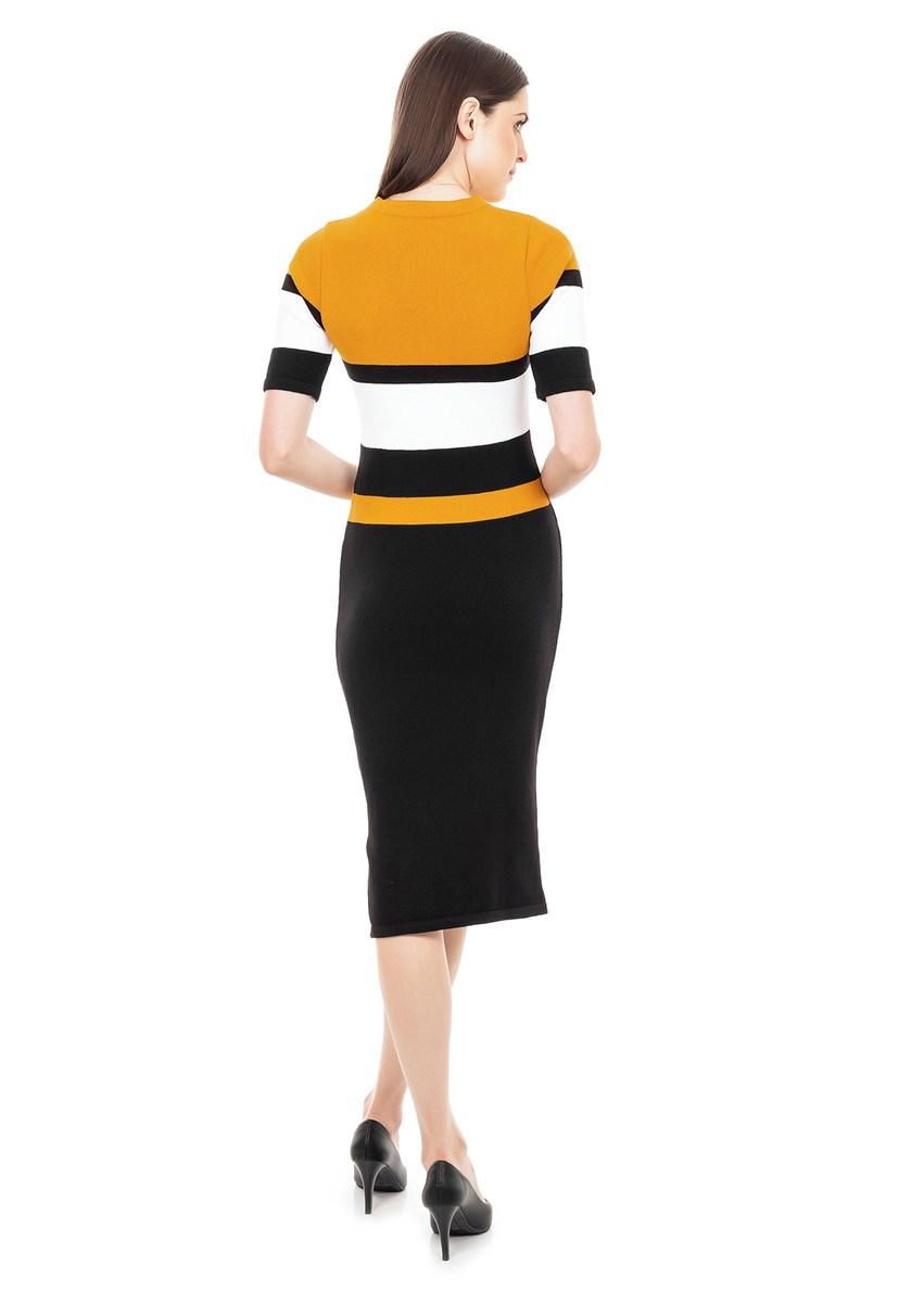 Vestido Midi de Tricot Modal Listras Fenda e Manga Curta Feminino Mostarda/Preto/Branco